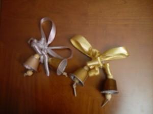 Campanas navideñas recicladas con cápsulas nespresso