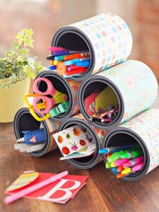 Portalápices con latas recicladas