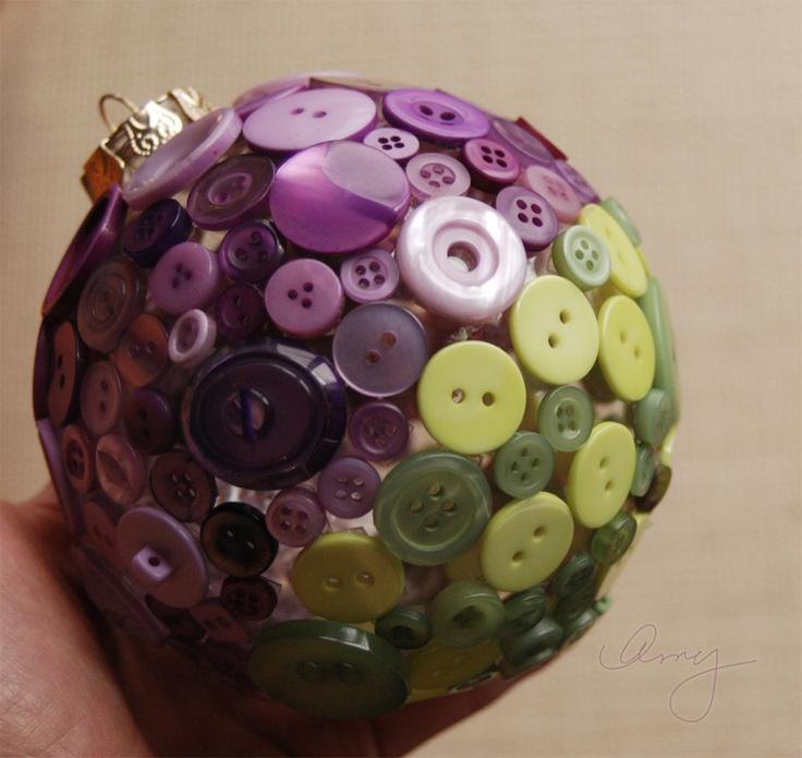 Bolas de adorno de navidad con botones para decorar el rbol - Decorar el arbol de navidad con manualidades ...