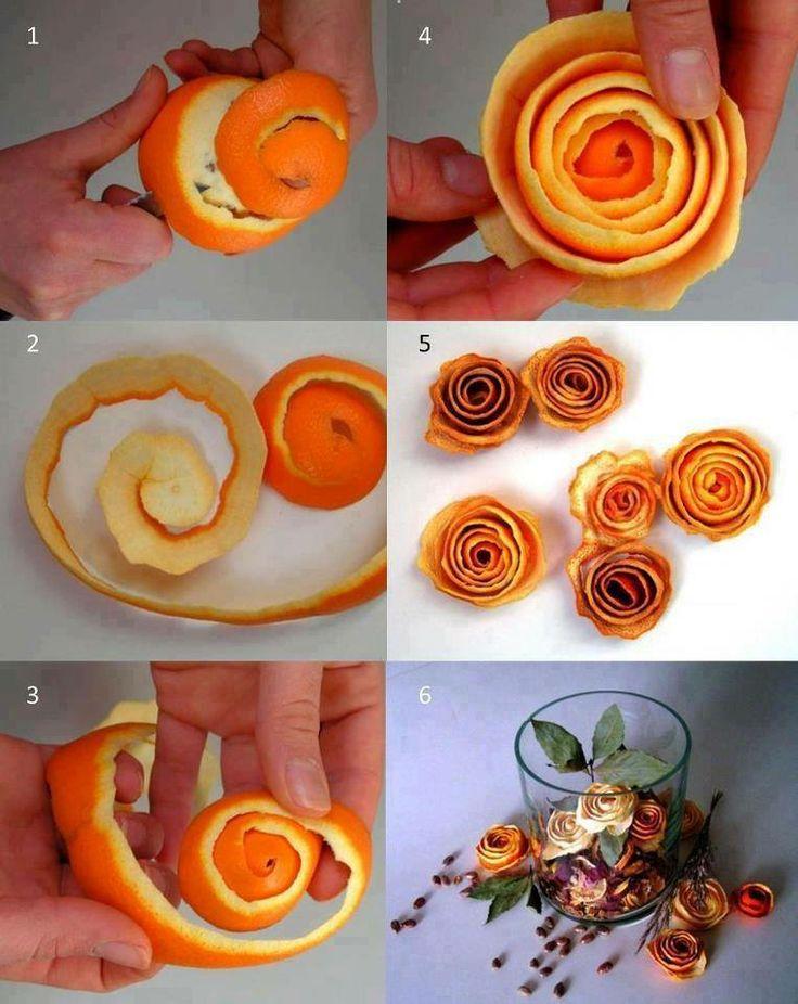 Rosas con cáscaras de naranjas