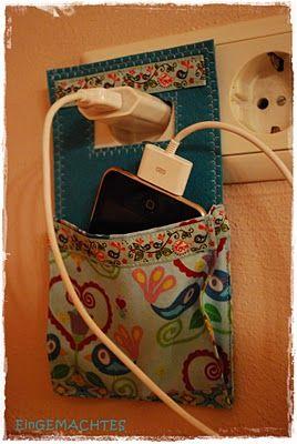 Soporte enchufe móvil con tela reciclada