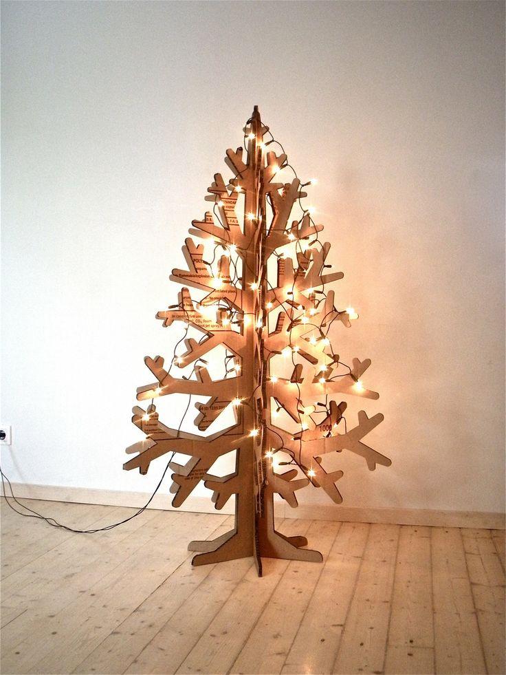 C mo hacer un rbol de navidad tama o natural con cart n - Como hacer un arbol de navidad de carton ...