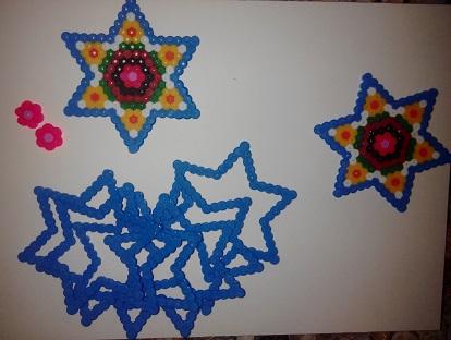Piezas para la caja forma de estrella con hama midi