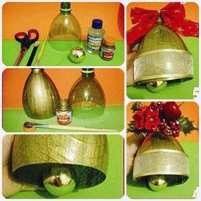 Campanas árbol Navidad con botellas de plástico