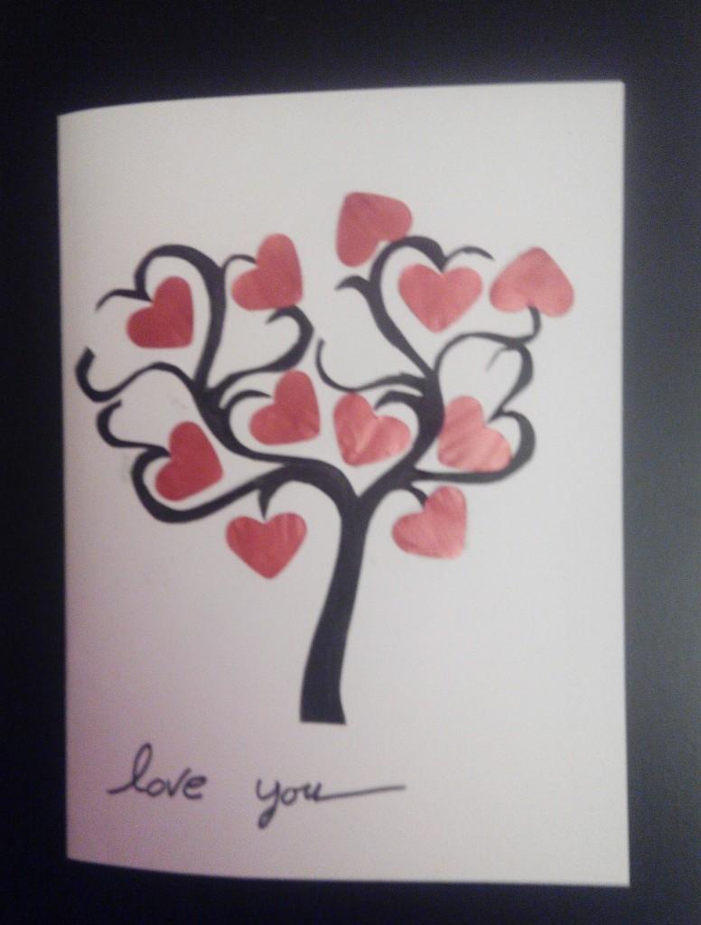 Tarjeta San Valentín con árbol del amor de cápsulas nespresso
