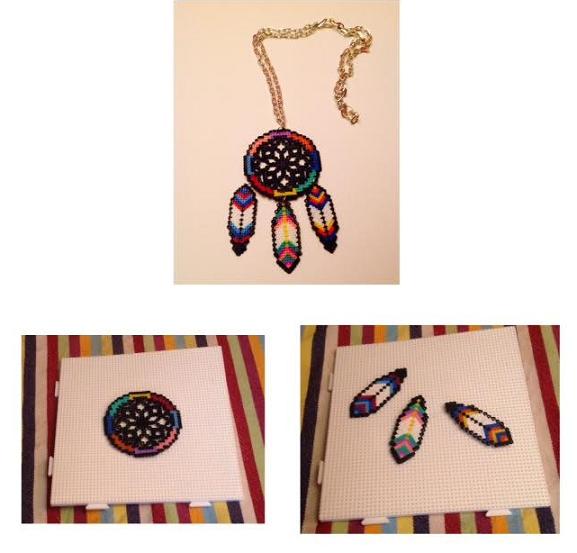 Collar de atrapa sueños con hama beads mini