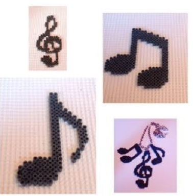 Collar de notas musicales con hama beads mini