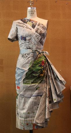 Vestido Largo Con Volantes Papel Periódico