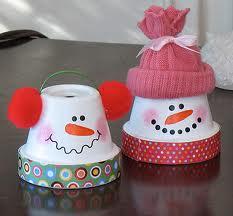 Muñecos de nieve con envases reciclables
