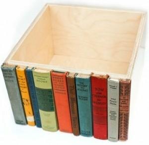 Decoración con libros: caja decorada con cantos de libro