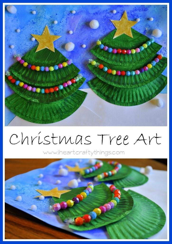 Árboles de Navidad decorativos con platos