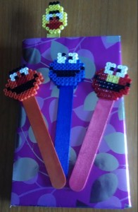 Marcapáginas barrio sésamo con hama beads midi