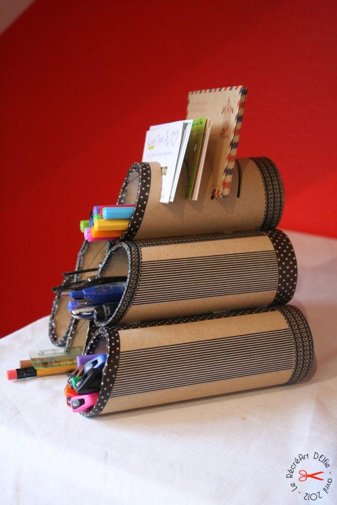 Organizador de bolígrafos para oficina con tubos de cartón