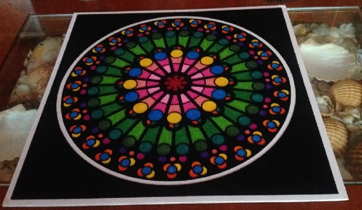 Mandala armonía pintada con rotuladores