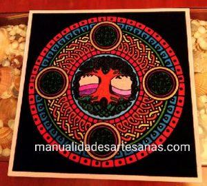 Mándala 'El árbol de la vida' pintado con rotuladores