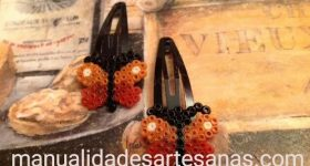 Horquillas de mariposas hechas con perlas mini para chicas