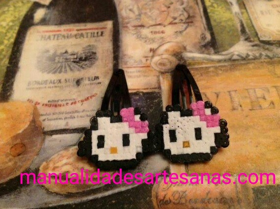 Horquillas Hello Kitty de perlas mini