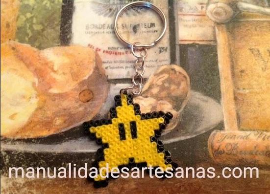 Llavero de estrella Super Mario Bross de perlas mini