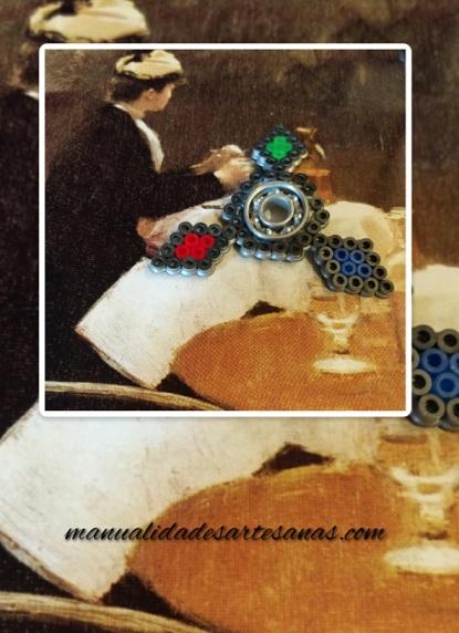 Fidget spinner de estrella ninja hecha con hamabeads midi