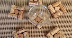 Posavasos hechos  reutilizando corchos de vino