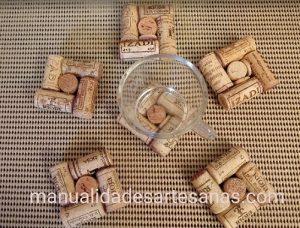 Posavasos reutilizando corchos de vino
