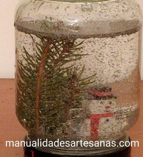 Ideas para hacer bolas de nieve caseras para Navidad con tarros de cristal