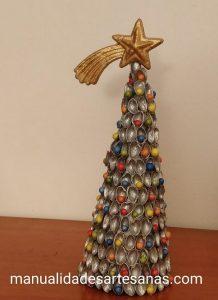 Centro de mesa para Navidad con cáscaras de pistachos