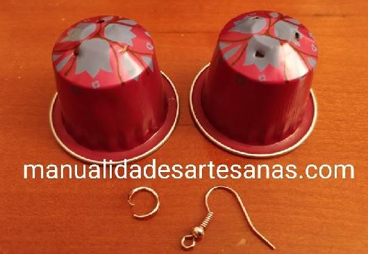 Materiales para pendientes de rosas nespresso