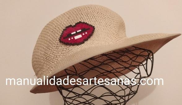 Broche de beso para sombrero de playa