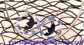 Conjunto de colgante y pendientes bicolores con nespresso y lunas