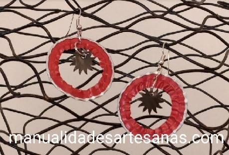 Pendientes con bordes ondulados y sol de cápsulas nespresso