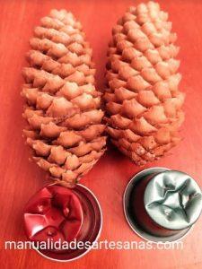 Materiales para mini árboles navideños