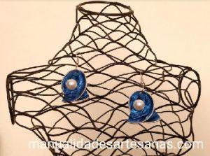 Pendientes de lazo con cápsulas nespresso y perla