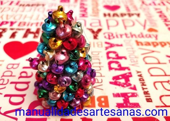 Árbol de Navidad para mesas de cascabeles