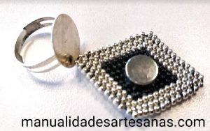 Ideas para tener muchas sortijas con una base de anillos