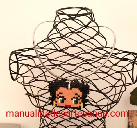 Colgante de Betty Boop de hamabeads