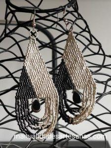 Pendientes gotas de agua de brick stitch doble
