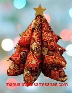 Árbol de Navidad 3D con mantel viejo