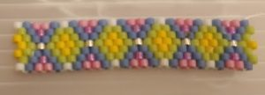 Funda de rombos de delicas para carrier beads