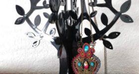 Convertir llave antigua en colgante de soutache